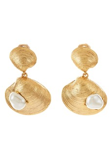 Oscar de la Renta Clamshell Earrings