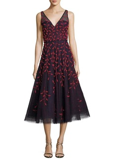 Oscar de la Renta Embroidered Vine Sleeveless Cocktail Dress