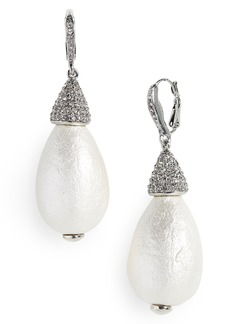 Oscar de la Renta Imitation Pearl Drop Earrings