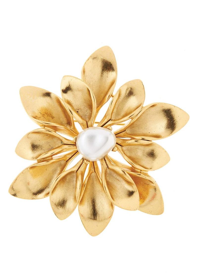 Oscar de la Renta Imitation Pearl Flower Brooch