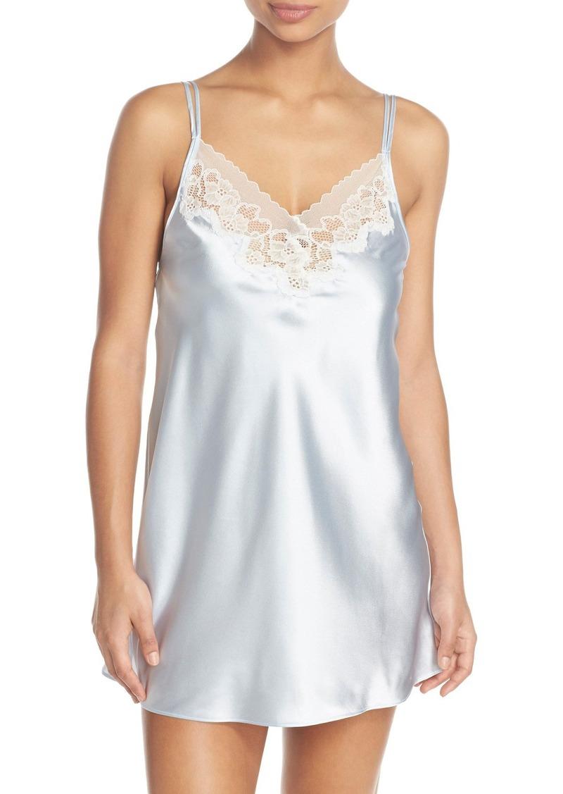 Oscar de la Renta Sleepwear Lace Trim Chemise