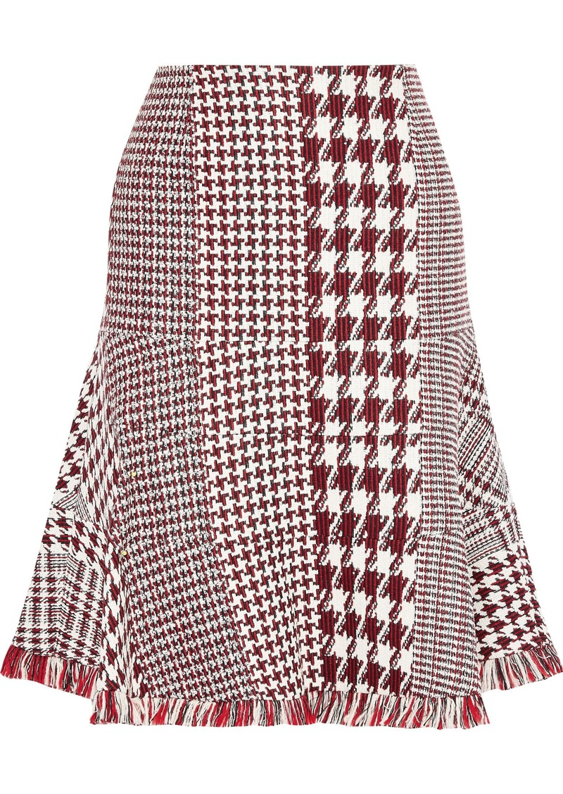 Oscar De La Renta Woman Fluted Fringe-trimmed Houndstooth Tweed Skirt Brick