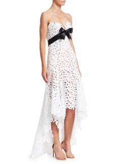 Oscar de la Renta Strapless Sweetheart High-Low Lace Gown