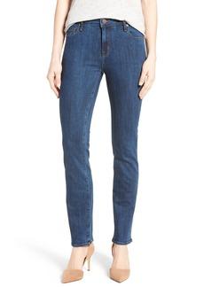 PARKER SMITH Runaround Sue Stretch Straight Leg Jeans (Camden)