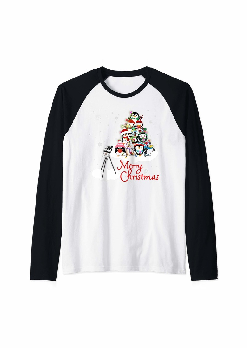 Penguin Christmas Tree Merry Christmas gift Xmas Raglan Baseball Tee