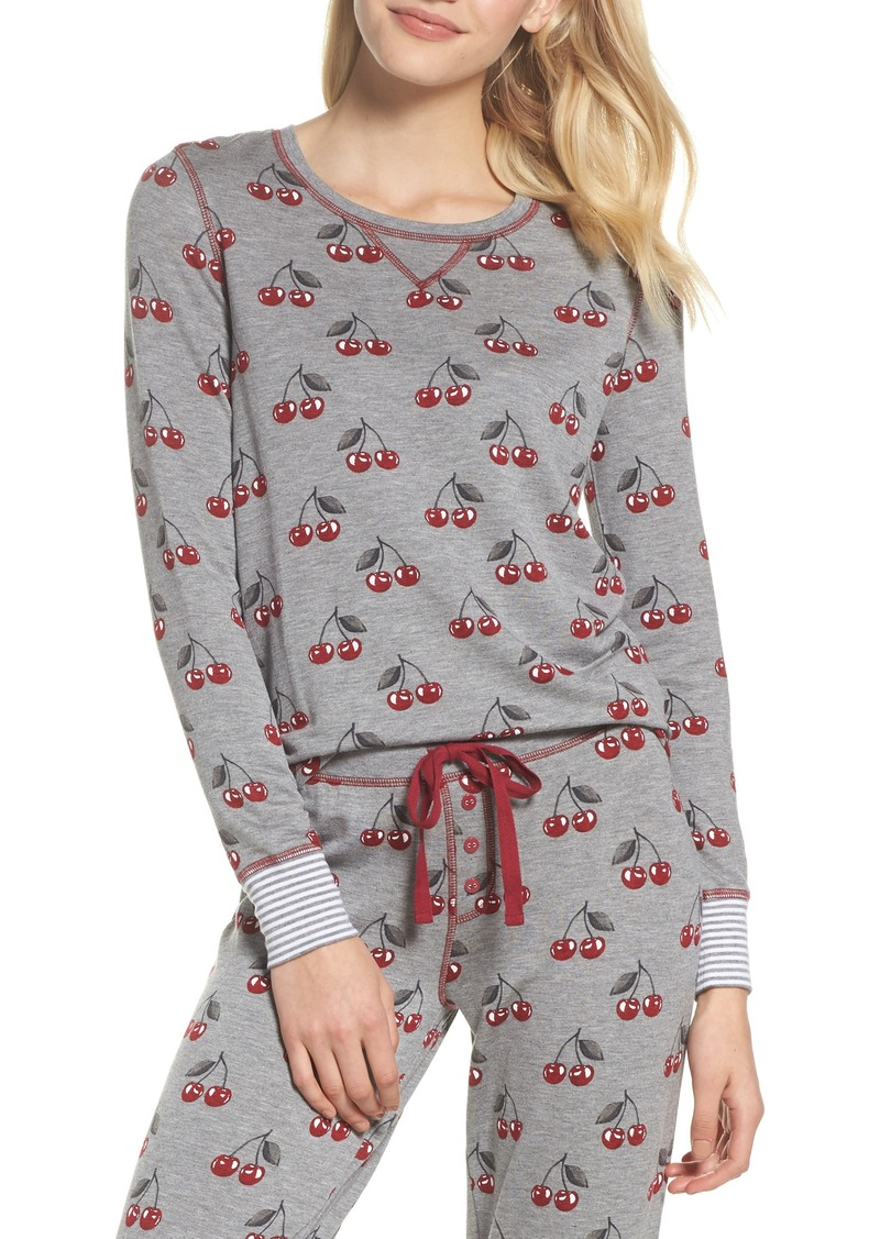 Free shipping on women's sleepwear, pajamas, loungewear, and robes at ophismento.tk Shop for pajamas, nighties, tanks, shorts, joggers, chemises, nightgowns.