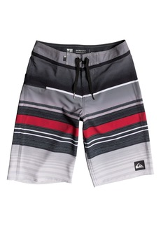 Quiksilver Everyday Stripe Vee Board Shorts (Big Boys)
