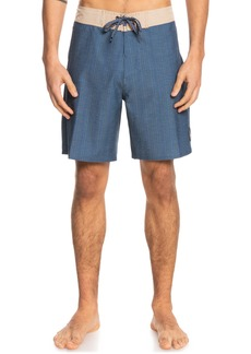 Quiksilver Hempstretch Endless Trip 18 Board Shorts