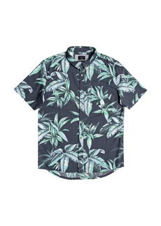 Quiksilver Men's Deep Bay Short Sleeve Shirt