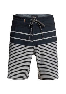 Quiksilver Men's Liberty Stripe Beachshort 19