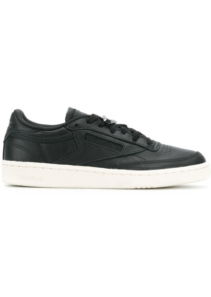 Reebok lace plaque low top sneakers