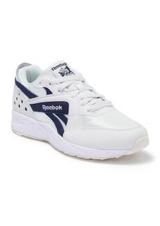 Reebok Pyro Sneaker
