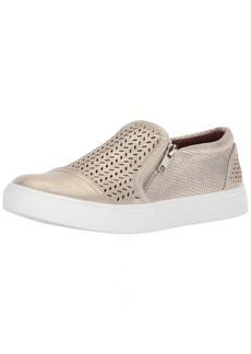 Report Women's Alexa Sneaker   M US