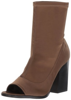 Report Women's Bradshaw Ankle Bootie   M US