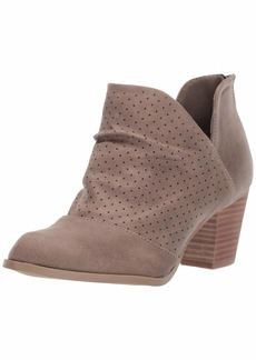 Report Women's Calista Ankle Boot olive  M US