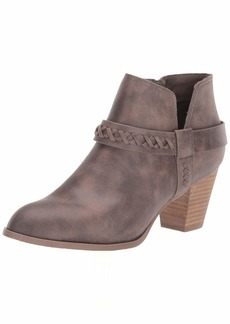 Report Women's Carl Ankle Boot   M US