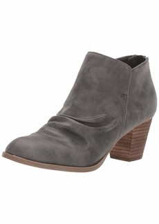 Report Women's CARTYR Ankle Boot   M US