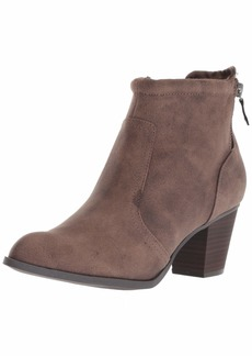 Report Women's Cassia Ankle Boot   M US