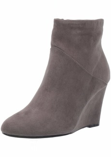 Report Women's Maylee Ankle Boot   M US