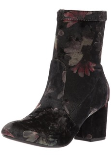 Report Women's Murray Ankle Boot   M US