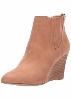 Report Women's William Ankle Boot   M US