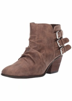Report Women's YORA Ankle Boot   M US