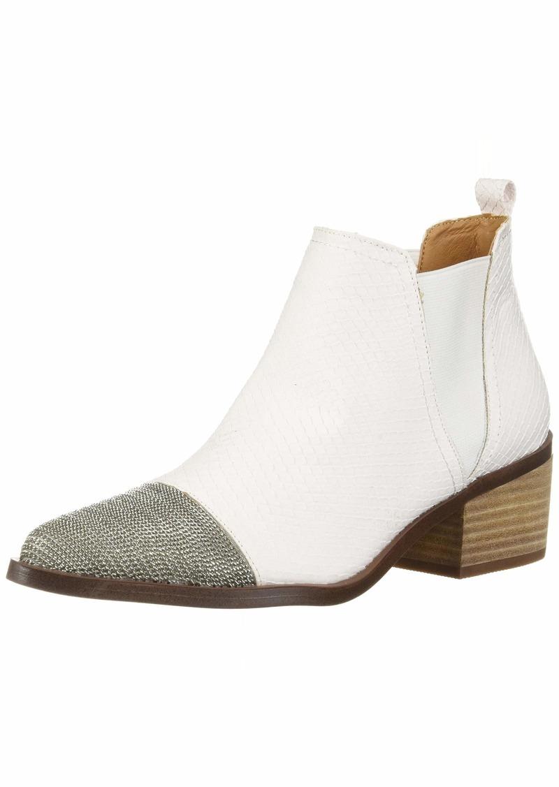 Report Women's ZEREGA Ankle Boot   M US
