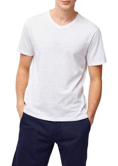 Robert Barakett Robert Barakeet Hillspear V-Neck T-Shirt