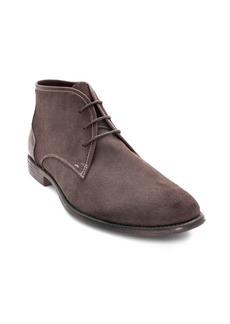 Robert Wayne Suede Chukka Boots