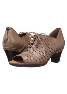Rockport Cobb Hill Spencer Perforated Lace-Up