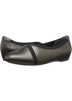 Rockport Total Motion Envelope Flat