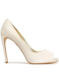 Roger Vivier Woman Satin Pumps Ivory