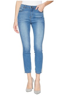 Romeo & Juliet Couture Pearl Side Trim Skinny Jeans in Light Denim
