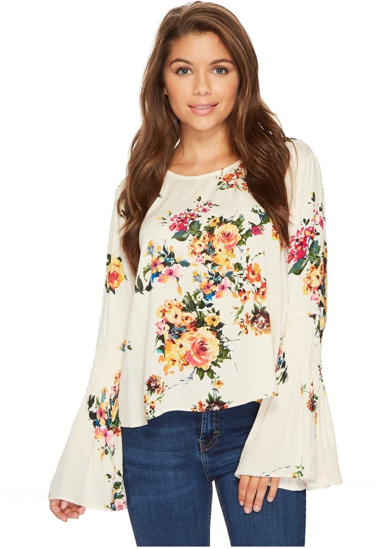 31eec54db52467 Romeo & Juliet Couture Floral Bell Sleeve Top | Casual Shirts