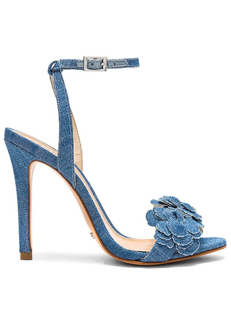 Zoola Heel in Cream. - size 6 (also in 10,9,9.5) Schutz