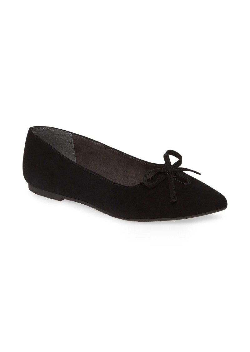 Seychelles In Theme Pointed Toe Bow Flat (Women)