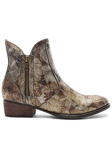 Seychelles Lucky Penny Bootie in Metallic Gold. - size 10 (also in 6,6.5,7,7.5,8,8.5,9,9.5)