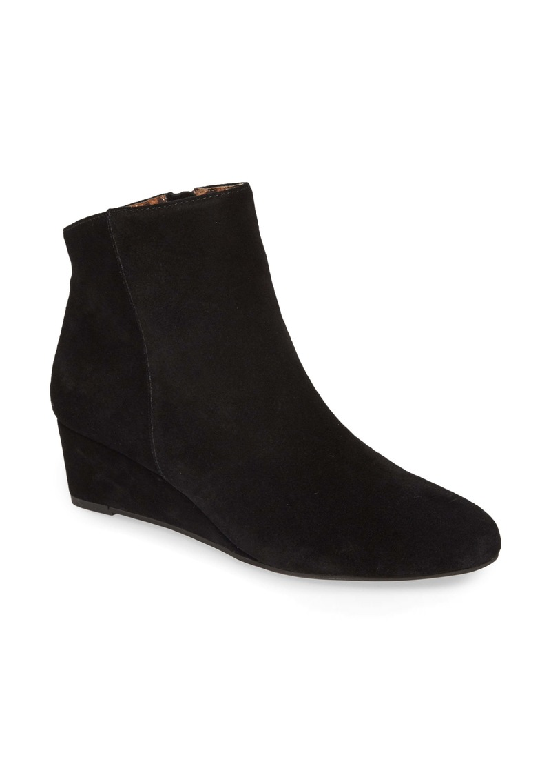 Seychelles Sultry Wedge Bootie (Women)