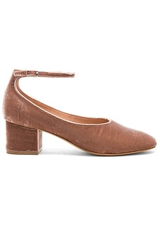 Sigerson Morrison Kairos Heel in Rose. - size 6 (also in 7,8,9,9.5)