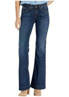 Silver Jeans Avery High-Rise Curvy Fit Trouser Leg Jeans in Indigo L94904SSX311