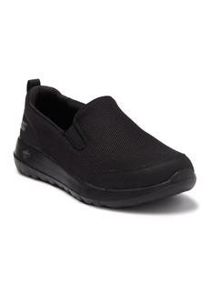 Skechers Go Walk Max Clinched Slip-On Sneaker