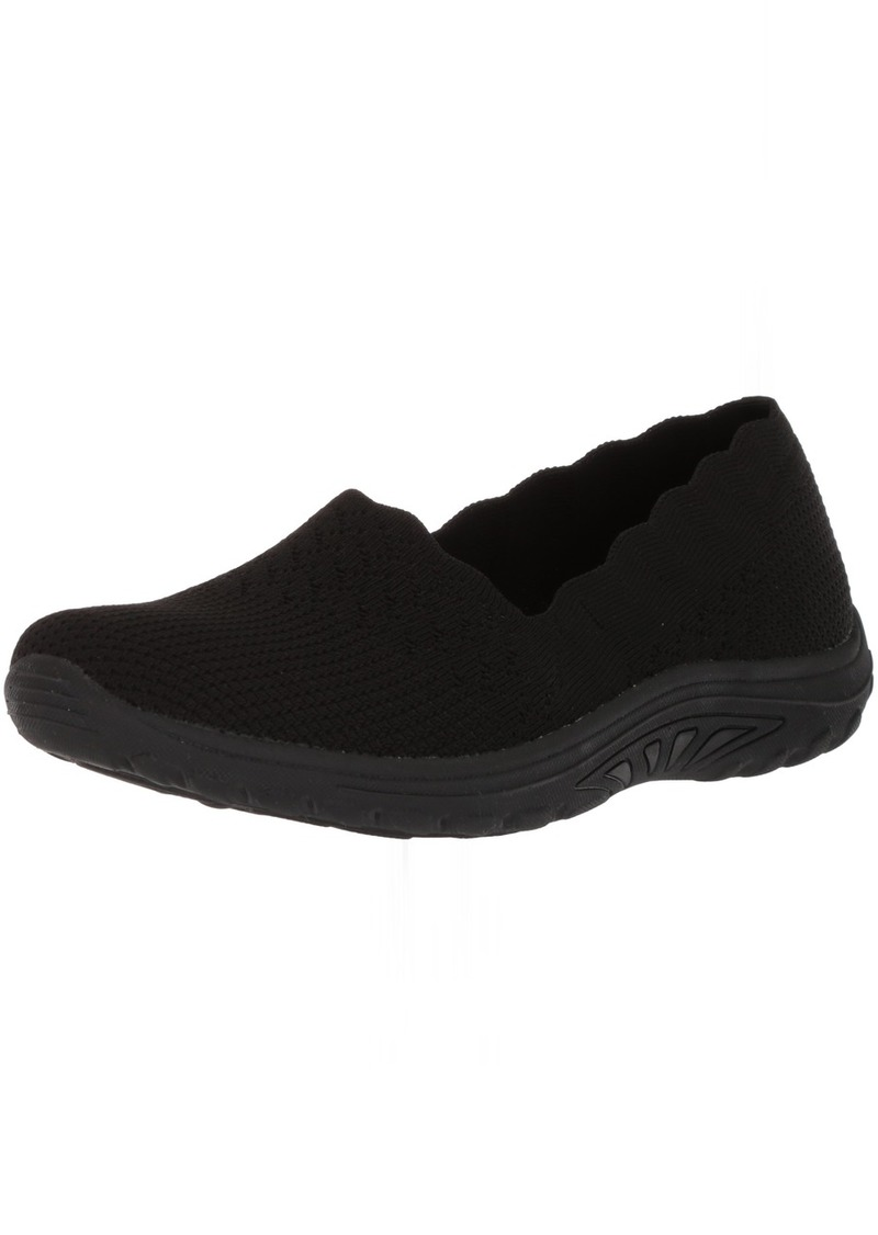 Skechers Women's Reggae Fest-Trail Dame-Scalloped Collar Engineered Skech-Knit Slip-On Loafer Black  M US