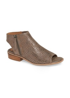Sofft Söfft Natesa Perforated Sandal (Women)