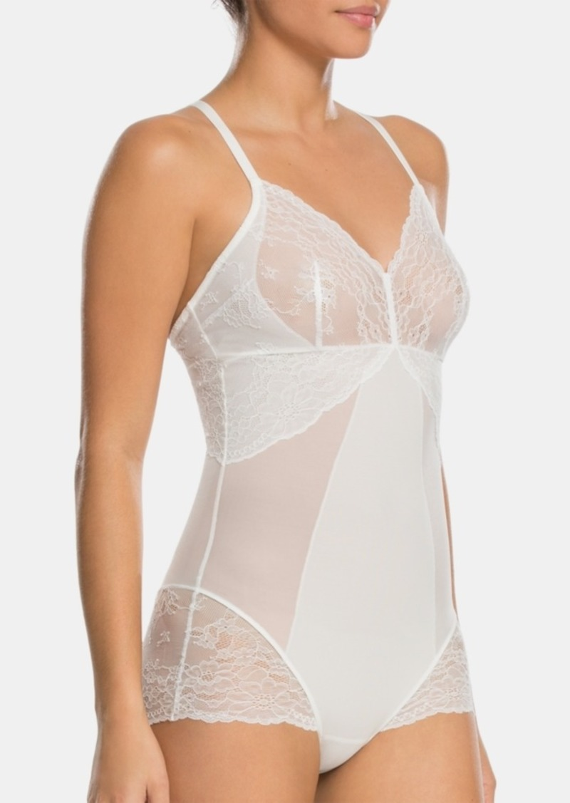 Spanx Women's Spotlight on Lace Bodysuit 10119R