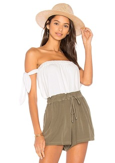 Splendid Off the Shoulder Top in White. - size L (also in M,S,XS)