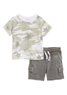 Splendid Star Camo T-Shirt & Shorts Set (Baby)