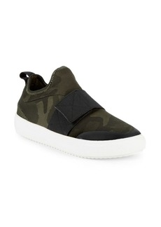 Steve Madden Herald Camouflage Low-Top Sneakers
