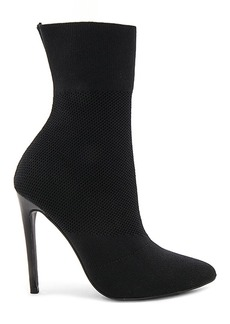 Steve Madden Century Bootie in Black. - size 10 (also in 6.5,7,7.5,8,8.5,9,9.5)