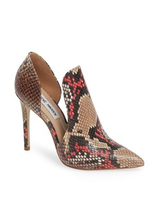 Steve Madden Dolly Pump (Women)