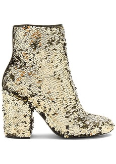 Steve Madden Georgia Bootie in Metallic Gold. - size 10 (also in 6,6.5,7,7.5,8,8.5,9,9.5)
